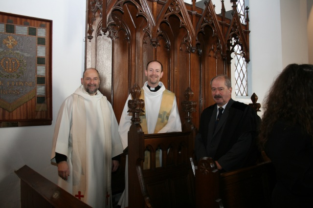 Canon Daniel Nuzum, (centre), Prebendary of Brigown, is installed by the Dean of Cloyne (left), the Very Reverend Alan Marley, assisted by the Diocesan Registrar, Mr John Jermyn (right).  Photo:  Adam Nuzum.