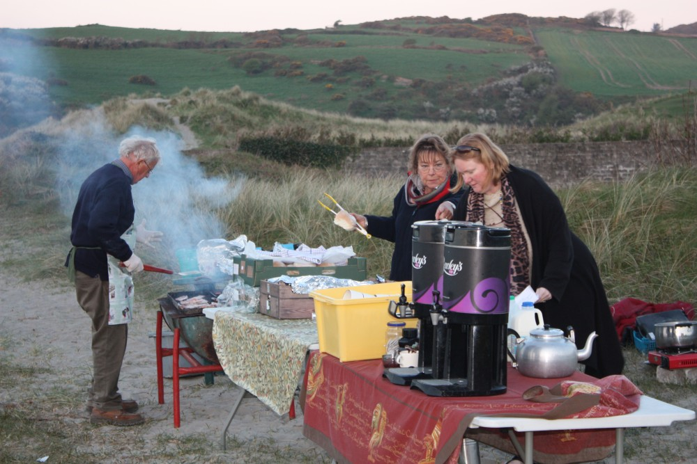Annual Sunrise Easter Service at the Warren Strand, Rosscarbery (3/5)