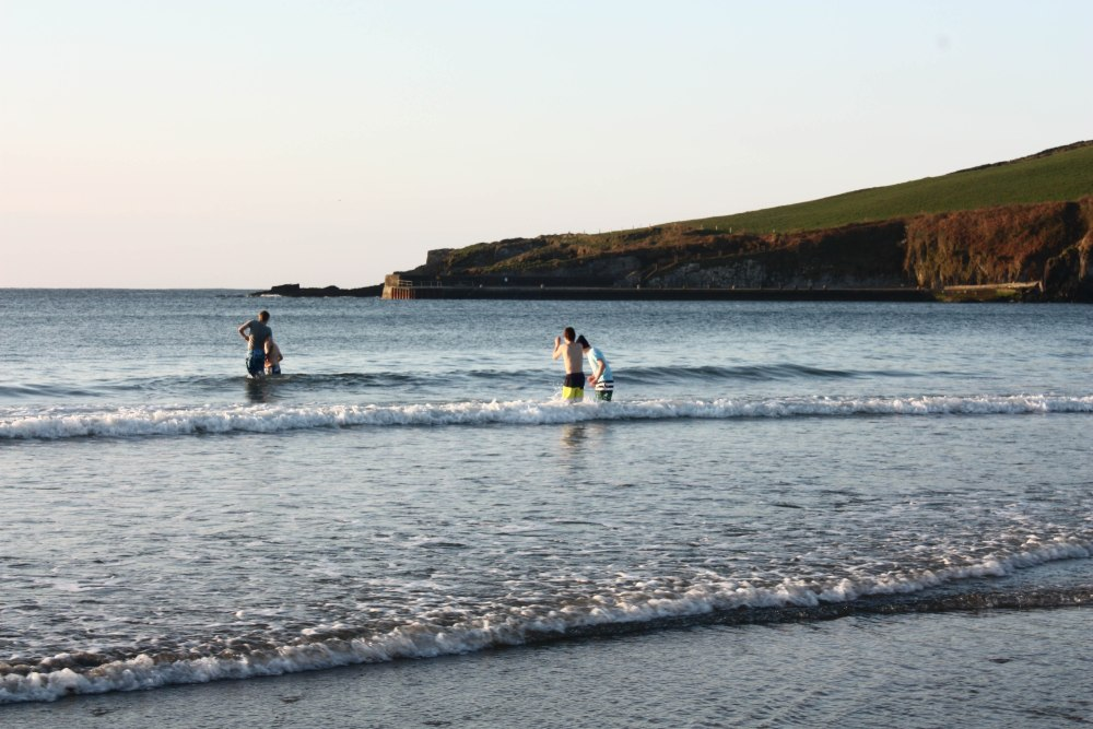 Annual Sunrise Easter Service at the Warren Strand, Rosscarbery (5/5)