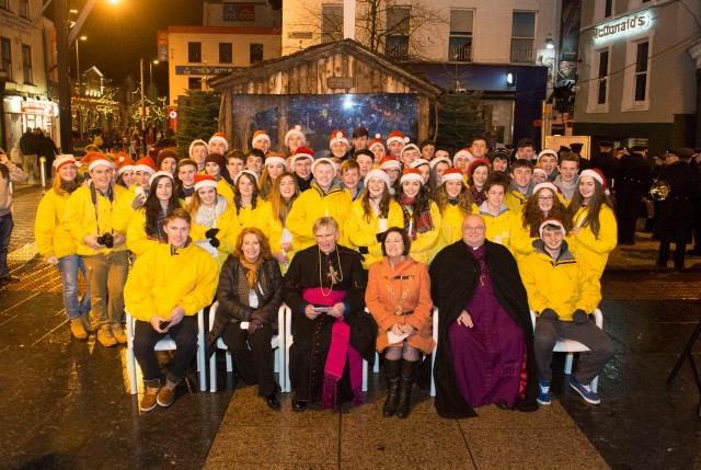 The Blessing of the SHARE Crib 2014 (Photo: Gerard McCarthy)