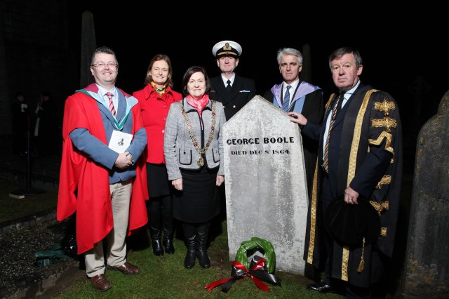 After teh anniversary evensong, some of the staff from the mathematics and computer science departments at UCC joined the Lord Mayor of Cork, Cllr Mary Shields, and the President of UCC, Dr Michael Murphy, at Boole's grave in teh Churchyard.  Also present was Commodore Hugh Tully of the Irish Naval Service.