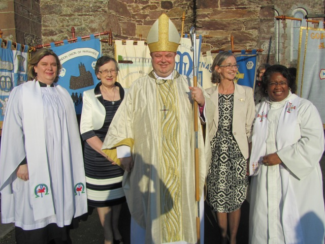 Pictured following the Mothers' Union Diocesan Festival Service held in Christ Church, Fermoy on March 22nd are:  (l to r) the Reverend Isobel Jackson (MU Diocesan Chaplain), Mrs Phyllis Grothier (MU All Ireland President), the Bishop,  Mrs Patsy Devoy (MU Diocesan President), the Reverend Eileen Cremin (Rector of Fermoy Union).