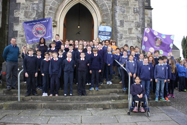 Arriving for the Annual Diocesan Service for Primary Schools.  (Photo:  Sam Wynn)