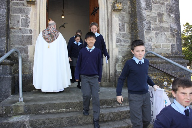 Heading home happy after the Diocesan Service for Primary Schools.  (Photo:  Sam Wynn)