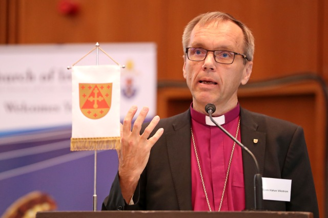 Bishop Björn Viktröm addresses the Cork, Cloyne and Ross Diocesan Synod. Picture: Jim Coughlan.
