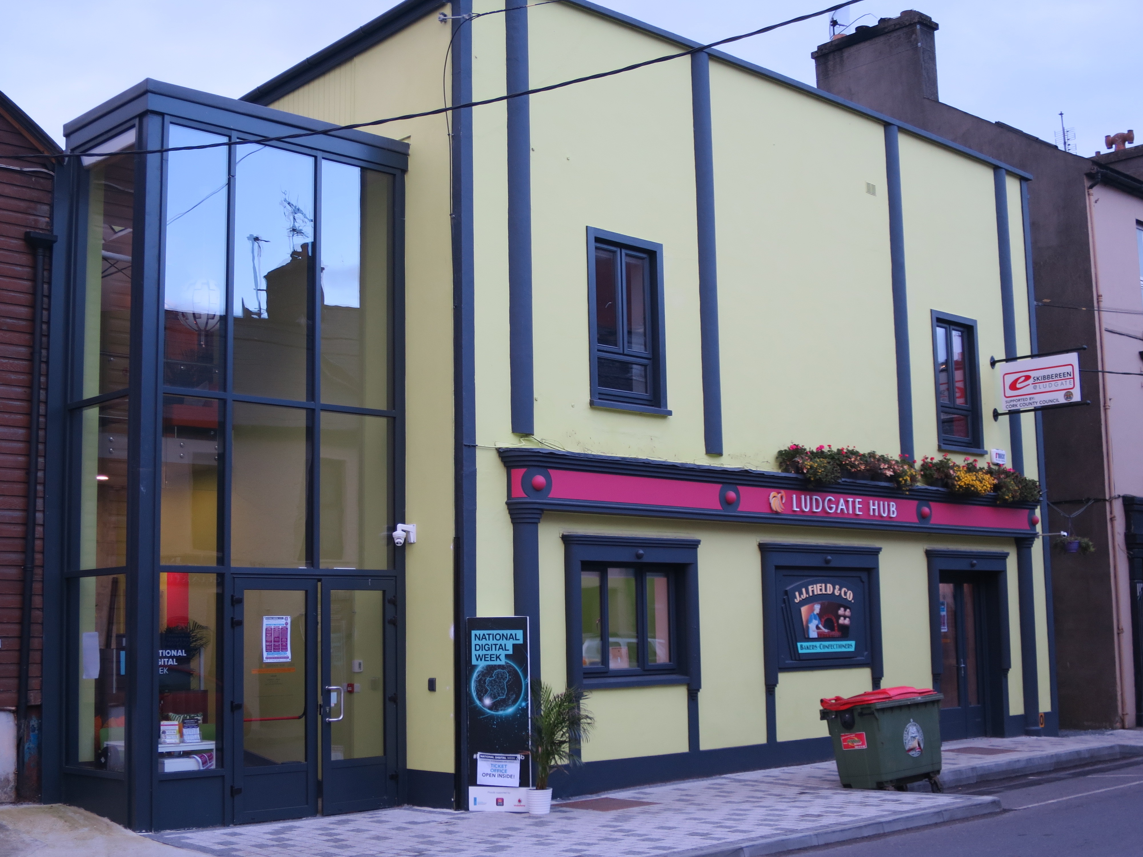 1gb ludgate hub in irelands first 1gb town hosts cork clergy 1gb ludgate hub in irelands first 1gb town hosts cork clergy meetings latest news from the church of ireland diocese of cork cloyne and ross malvernweather Choice Image